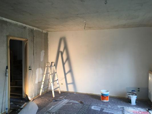 vollflächiges, rationelles Spachteln von Betonflächen mit einem Arbeitsgang