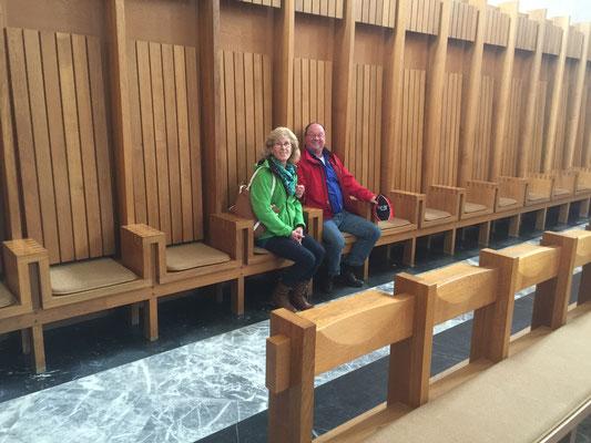 andächtiger Jo mit Brigitte, Reise Schwarzwald