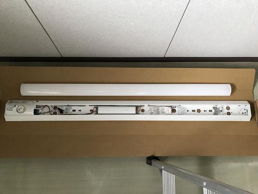 非常照明交換工事 作業前 電気設備・消防設備工事会社 新潟市のエフ・ピーアイ