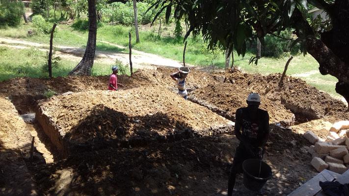 Baugbeginn für das neue Klassenzimmer