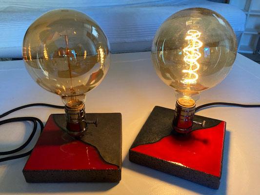 """Lampe """"Vintage"""" ampoule à filament ( diamètre 13 cm)"""