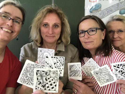 Frau Westhoff mit kreativen Kolleginnen