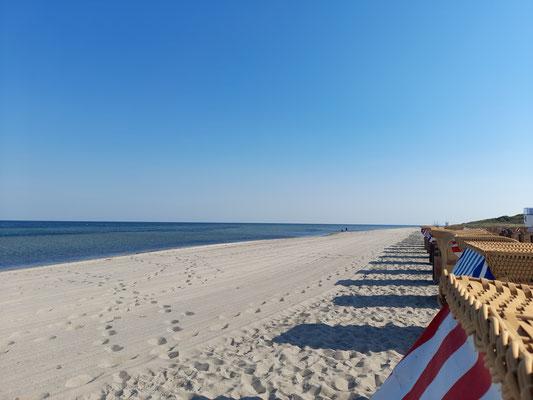 Strand auf Poel mit Strandkörben