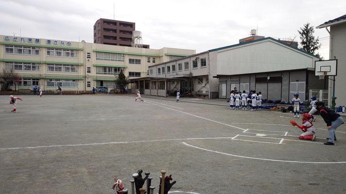投球練習。。