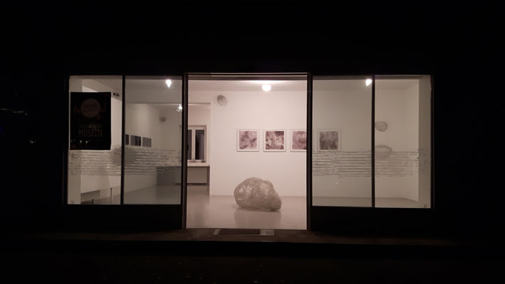 Einblick in die Ausstellung 'Behausungen' im Kunstraum Walker in Klagenfurt, 2017 ©Galerie Walker