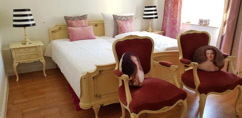Doppelzimmer romantisch mit Terrasse