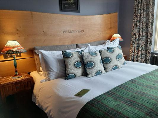 Bed at Nan Shepherd room