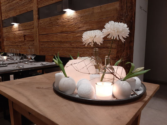 Beautiful floral decoration by Myrtha Geiger of Restaurant Anker Appenzell