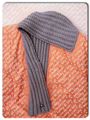 scaldacollo 5 in 1 - modello di Coco Knits - http://store.cocoknits.com/patterns/fear-of-commitment-cowl/#.VuLisNLhCUk