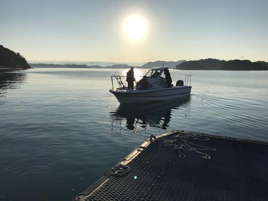 これから新しいボートで釣りへ。