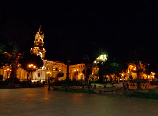 Arequipa bei Nacht