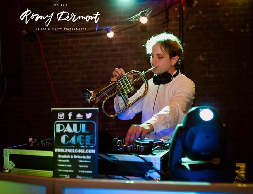 PAUL C4GE, DJ en Trompet