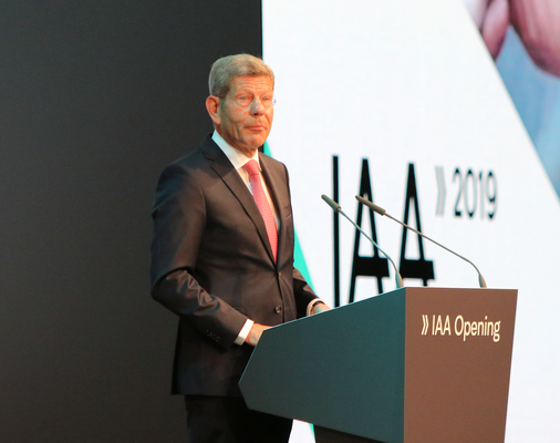 VDA-Präsident Mattes IAA 2019 © dokubild.de / Klaus Leitzbach