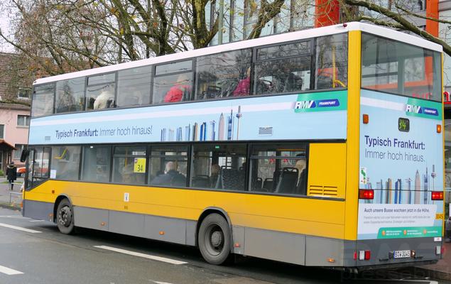 Berliner Doppeldecker Linienbus in Frankfurt © dokubild.de / Klaus Leitzbach