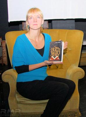 Buchautorin Britta Röder © dokfoto.de / Klaus Leitzbach