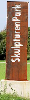 Alltagsmenschen Sklupturenpark Eschborn © dokubild.de / Klaus Leitzbach