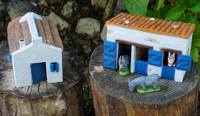 Maison camarguaise et box à chevaux