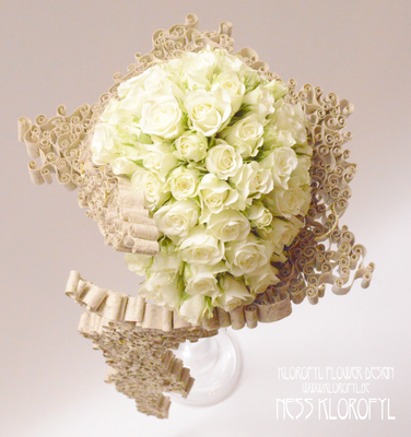 #romantic #bouquetdemariée #hautecouture #weddingbouquet # jewelry #fleur #flowers #florist #artfloral #floraldesign #ness #klorofyl #dilbeek #event #design #floraldesigner #decoration #vintage #love #peacock #artnouveau