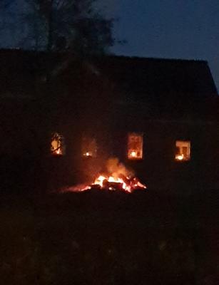 Das Martinsfeuer brennt auch in Byfang