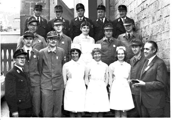 (1. von links)KBF M.Geiger (1.von rechts)KGF A.Gebel - Die Oberkircher Gruppe in der 2. Reihe