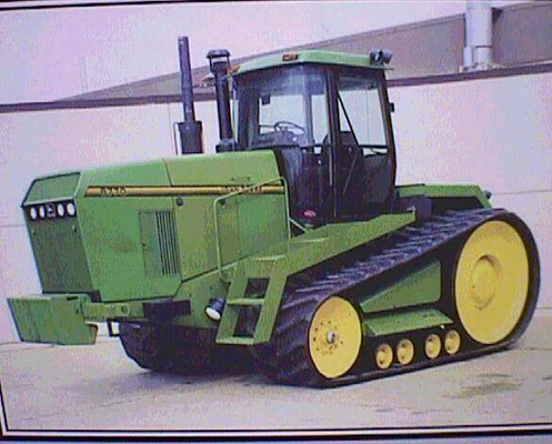 John Deere Raupentraktor 8770