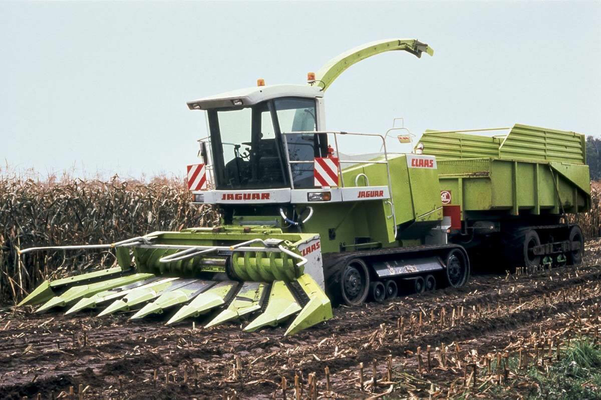 Claas Jaguar Raupenfahrwerk (Quelle: Traction)