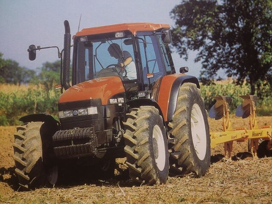 New Holland M160