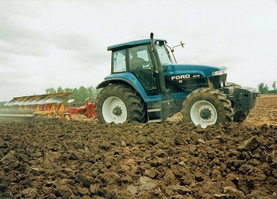 New Holland Ford 8970