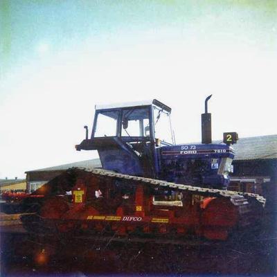 Ford Traktor Raupenfahrwerk