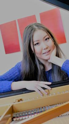 Suvd-Erdene Byambatsogt, Klavierlehrerin in Wiesbaden und Mainz