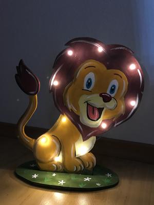 Lampe Löwe