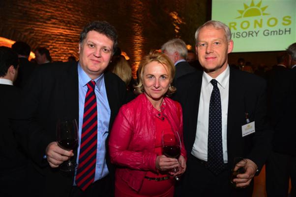 Dr. Martin Felenda, Mag. Claudia Stadler, Charles vanErp, ©KRONOS Advisory GmbH