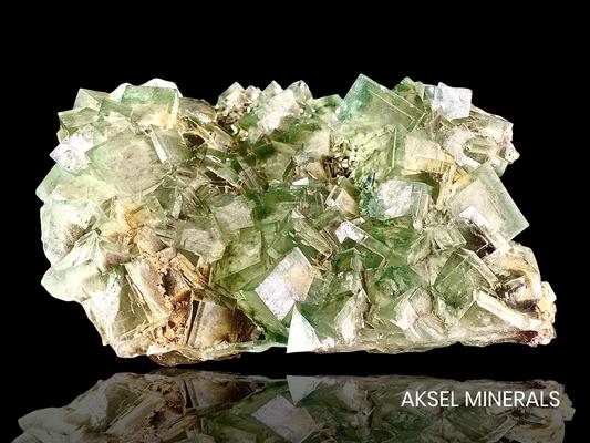 AM853 - Fluorite - Xianghuapu Mine, Xianghualing Sn-Polymetallic ore Field, Linwu Co., Chenzhou, Hunan, Chine - 208x143mm