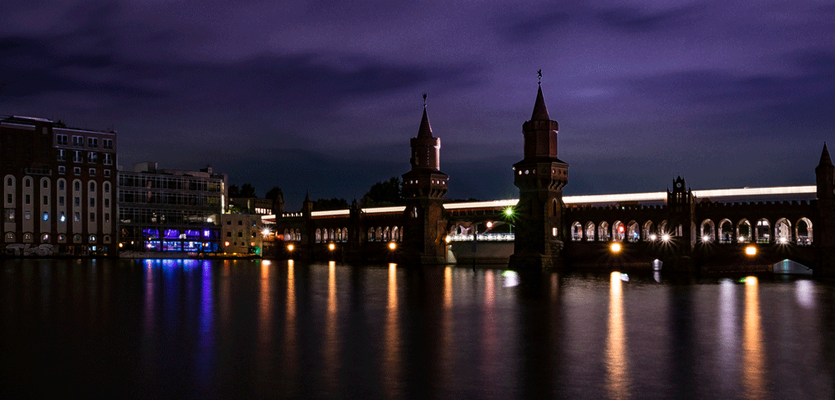 Oberbaumbrücke, ehemaliger Grenzübergang zwischen Ost und West