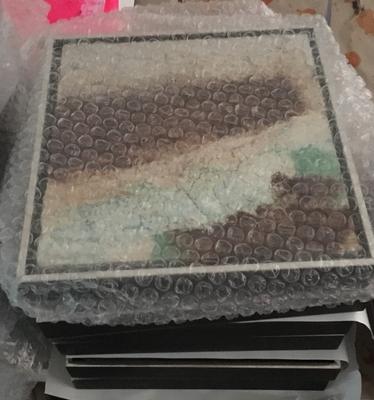 20x20cm wird verpackt