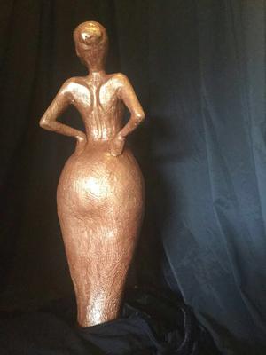 """Woman!"" (gekleurd keramiek, 61 cm)"