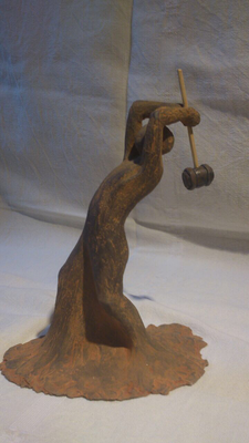 """""""Hamerman""""  (keramiek, 22 cm)"""