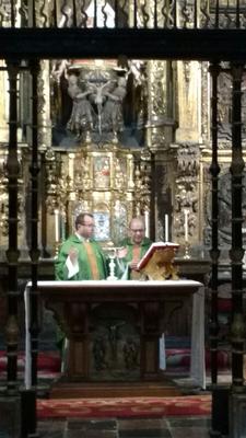 Eucaristía en la Catedral de Oviedo antes de comenzar la primera jornada del Camino.