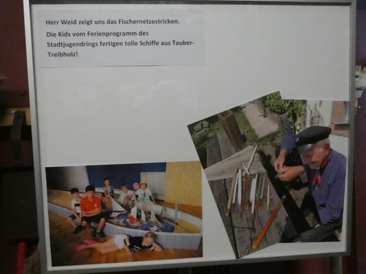 """Bild """"Herr Weid zeigt uns das Fischernetzestricken"""""""