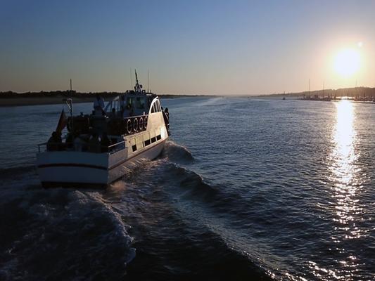 Alquiler de barcos para despedidas en Punta Umbría