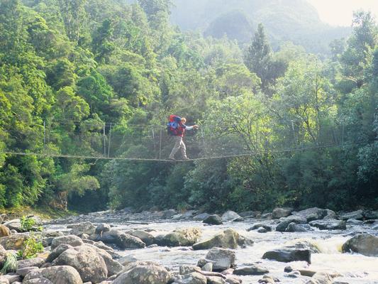 Ingrid am Coromandel-Trek - Neuseeland