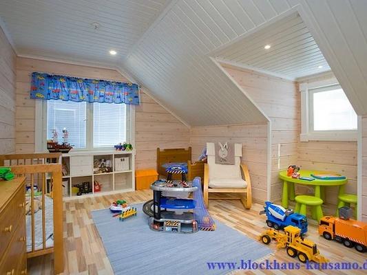 Kinderzimmer im Blockhaus - Einfamilienhaus  - Wohnblockhaus