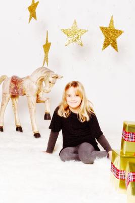 Fotostudio Oberwil, Fotostudio Basel, Fotograf Oberwil, Kinderportraits, Weihnachtsaktion, Fotoshootings Kinder Basel ©Natascha Jansen, Fotografin Baselland
