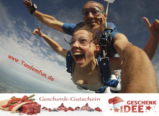 Geschenkidee Fallschirmspringen Deggendorf