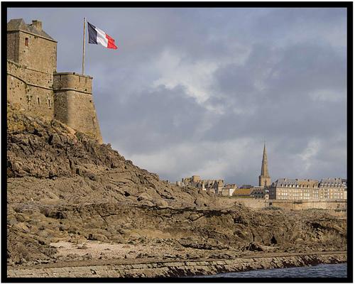 Saint Malo du petit bé