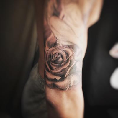 薔薇,バラ,タトゥー,刺青,tattoo,埼玉,さいたま市,大宮,浦和,jadetattoo,ジェイドタトゥー,takuyanakayama