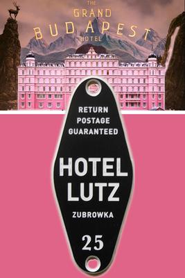 """Herstellung von Frässchildern für den Film """"The Grand Budapest Hotel"""""""
