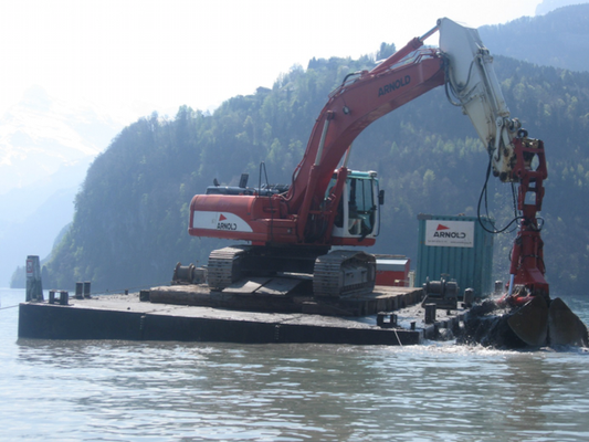 Hafenausbaggerung in Brunnen