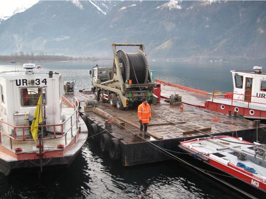 Hochspannungskabelseeverlegung mit Abteilung Wasserbau