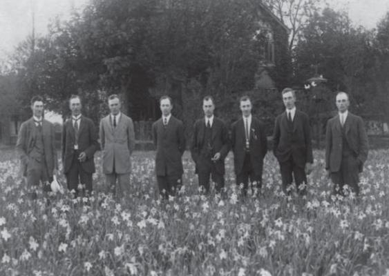 Die Gebrüder Lefeber: Wilhelm, Antoon, Marius, Dirk, Theo, Arie, Koos und Paul